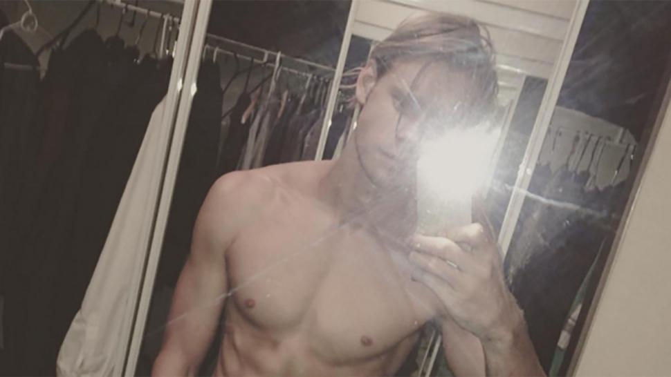 Glee\' Star Chord Overstreet\'s Abs Are Seriously Out of Control in ...