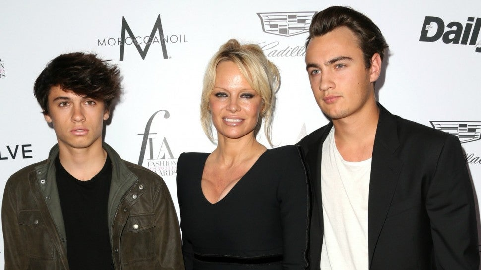 2a96e3acf Pamela Anderson Opens Up On Family Drama With Tommy Lee and Her Sons ...