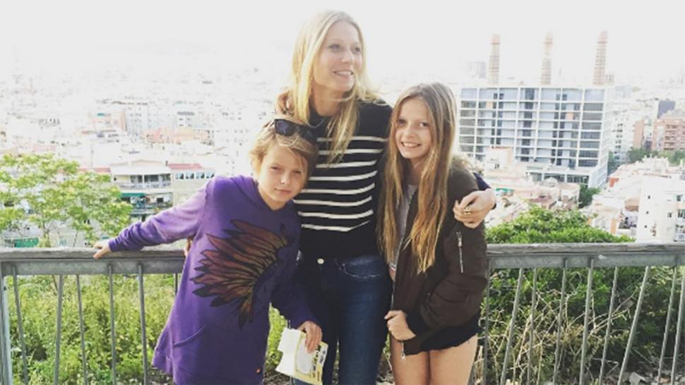 Gwyneth Paltrow Poses With Lookalike Kids Le And Moses In Barcelona After Attending Ex Chris Martin S Show