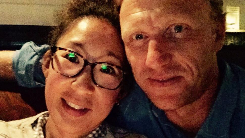 Greys Anatomys Sandra Oh Reunites With Former Tv Husband Kevin