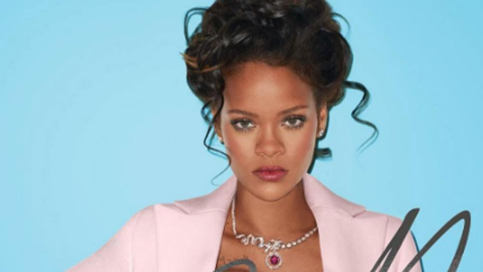 Rihanna Grabs Her Bare Breast, Puffs On Cigar In Sexy Marie Antoinette-Inspired Photo -2527