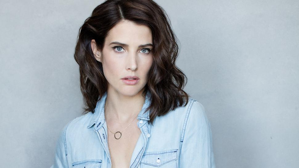 Cobie Smulders Opens Up About Embracing Her Body, Cancer ...