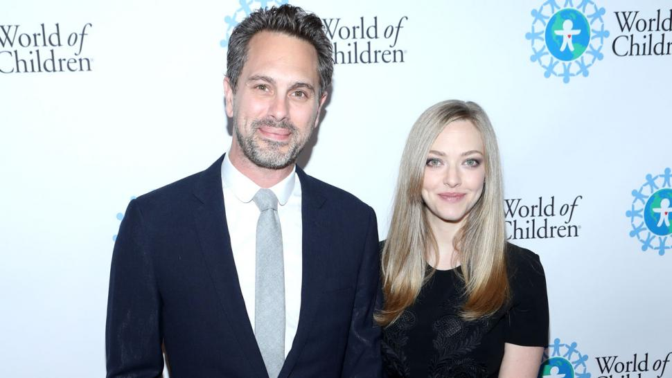 Amanda Seyfried Makes First Post-Baby Appearance With New ...