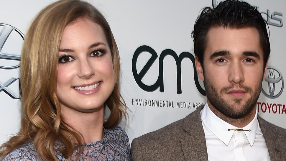 Emily Vancamp And Boyfriend Josh Bowman Are Engaged