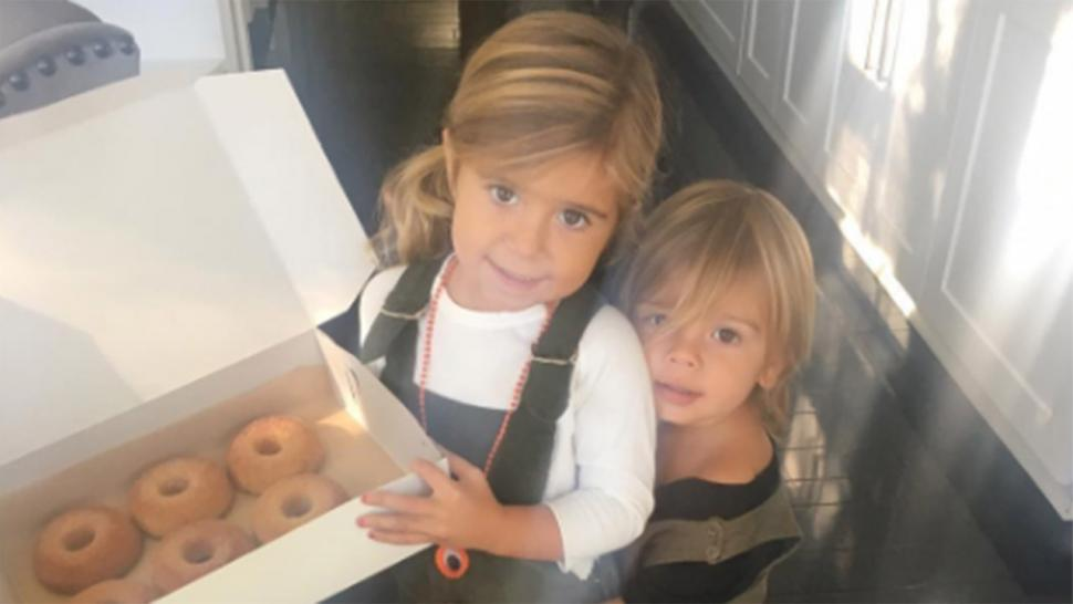 Penelope And Reign Disick Offer Up Donuts While Dream