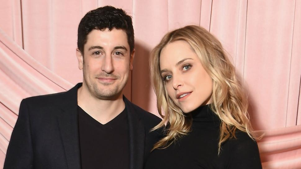 jenny mollen shows off bandaged belly in mirror selfie 4 days after