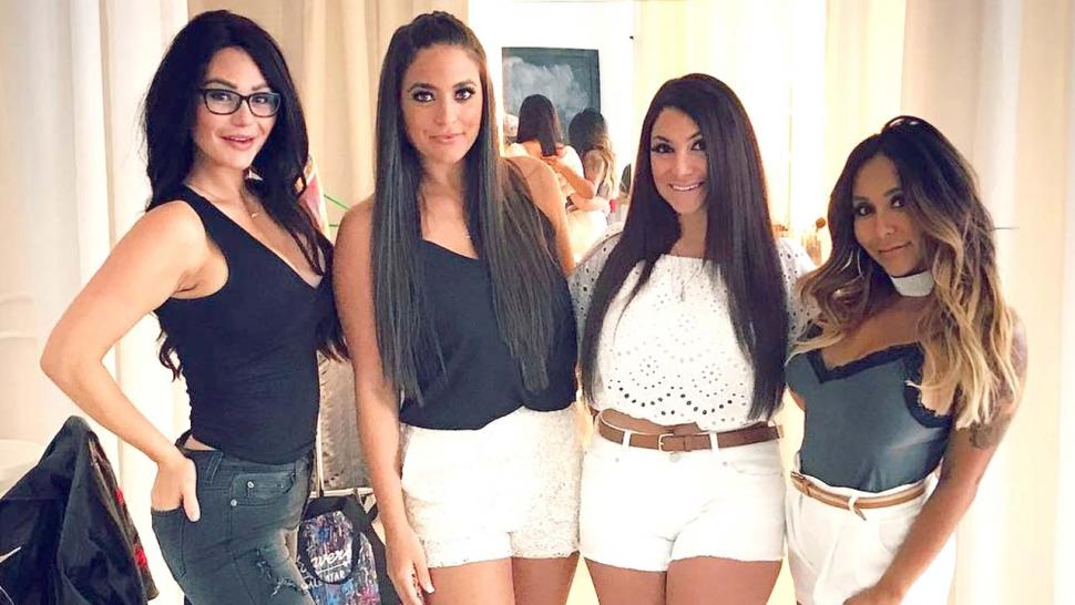 f30be70a3171c Nicole  Snooki  Polizzi Reunites with  Jersey Shore  Co-Stars for  Mysterious New TV Project -- See the Pics!