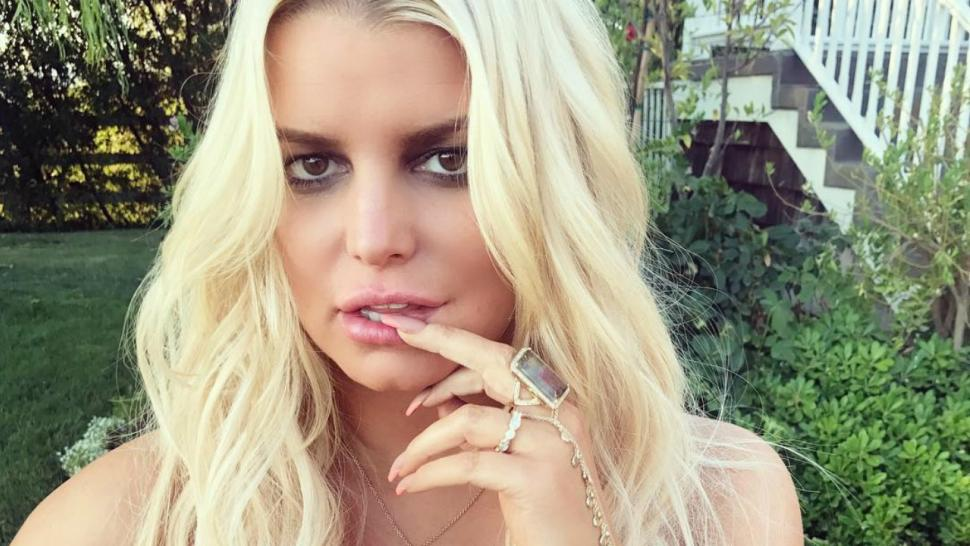 Jessica Simpson Is Feelin Her Look After Fresh New Haircut
