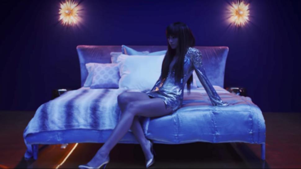 Zendaya Stars In Bruno Mars Sultry Versace On The Floor