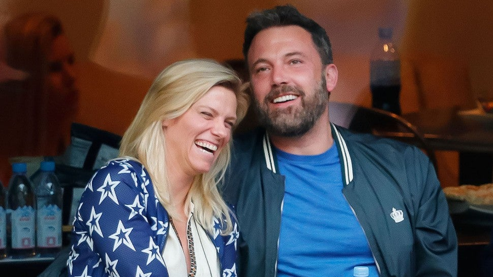 Has Ben Affleck Split Up With Lindsay Shookus?