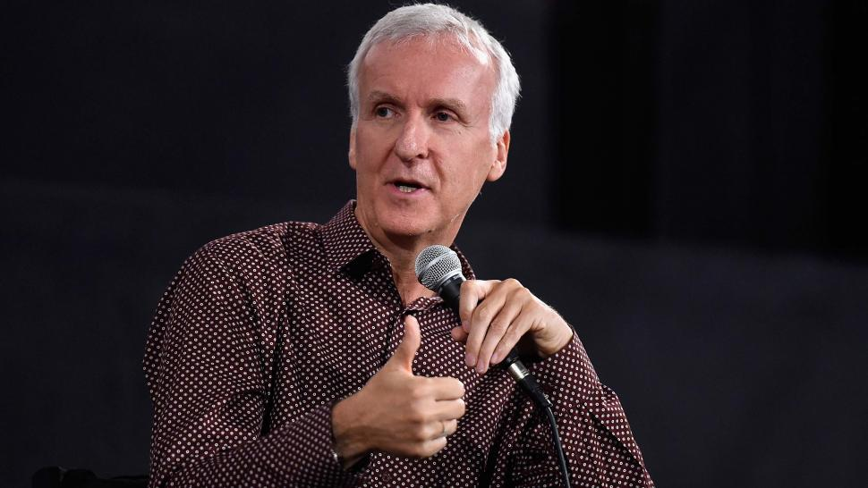 James Cameron  sc 1 st  Entertainment Tonight & James Cameron Finally Reveals Why Rose Didnu0027t Share the Door With ...