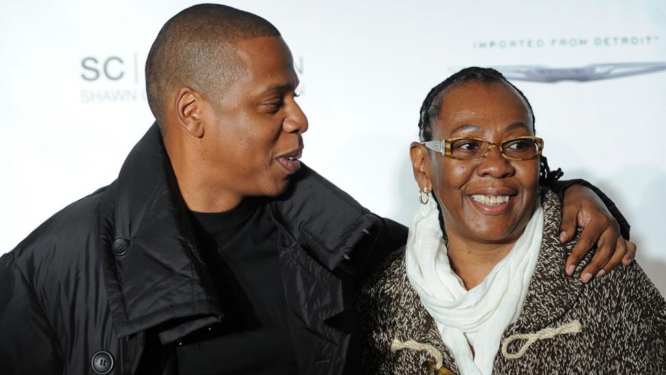 Gloria Carter talks coming out to Jay-Z