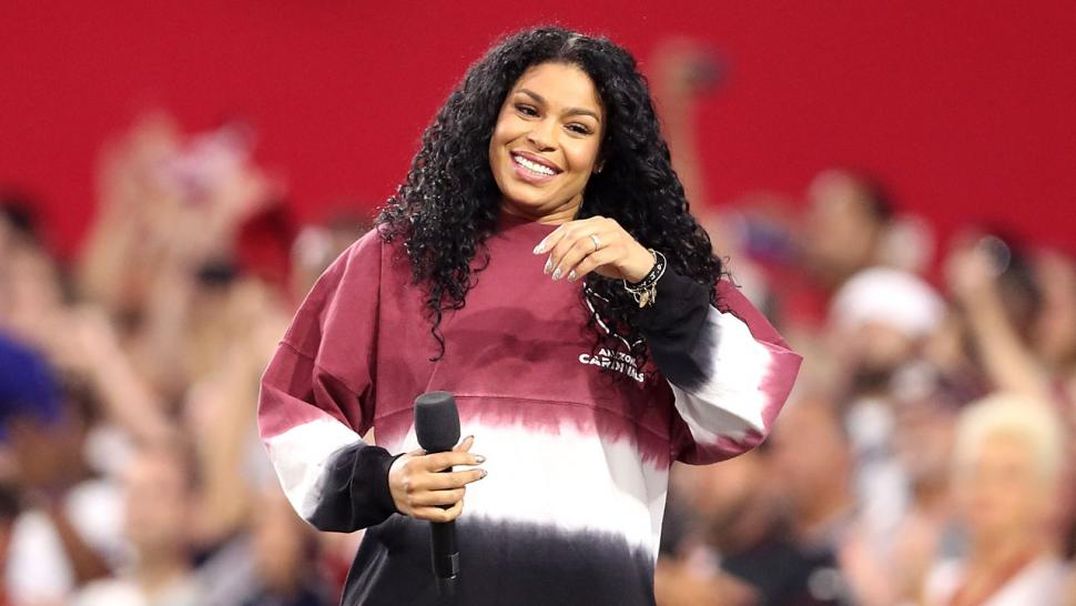 Jordin Sparks sings the National Anthem