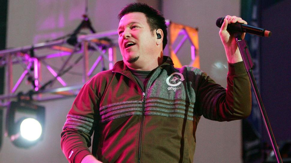 Steve Harwell of Smash Mouth