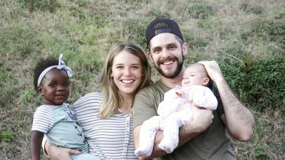 Thomas Rhett And Wife Lauren Celebrate 5 Year Wedding