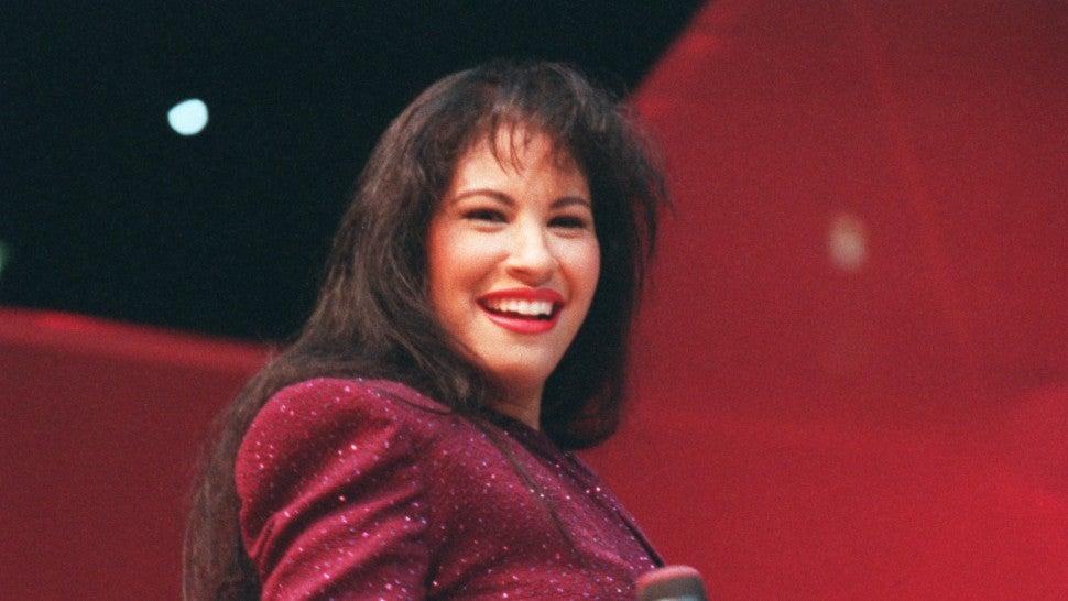 Selena quintannude — photo 14