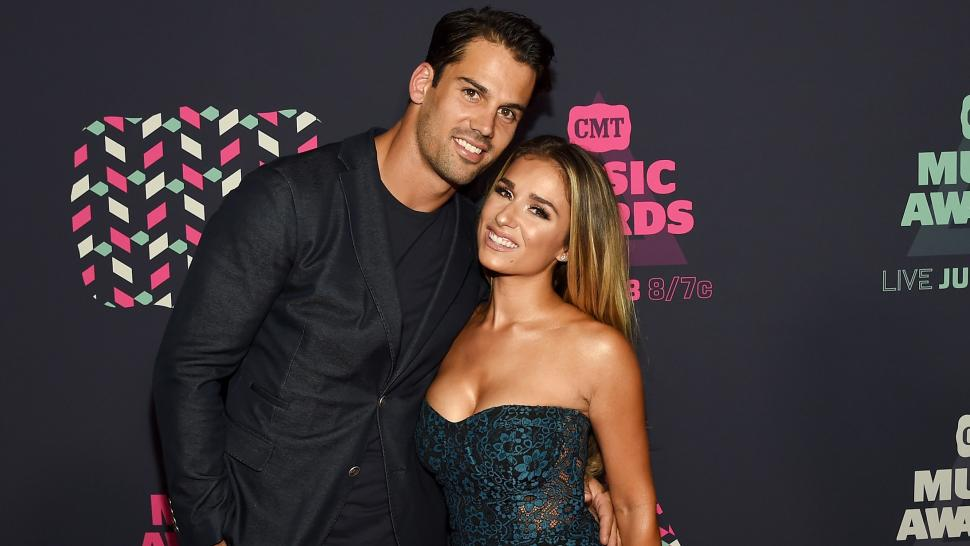Jessie James Decker Gives Birth to Third Child, Shares First Pic