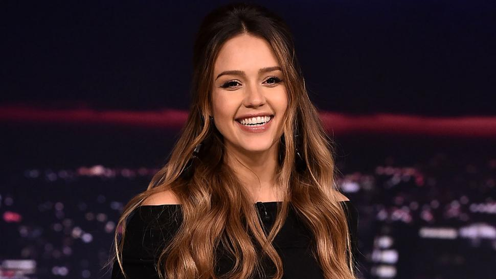 Jessica Alba talks pregnancy