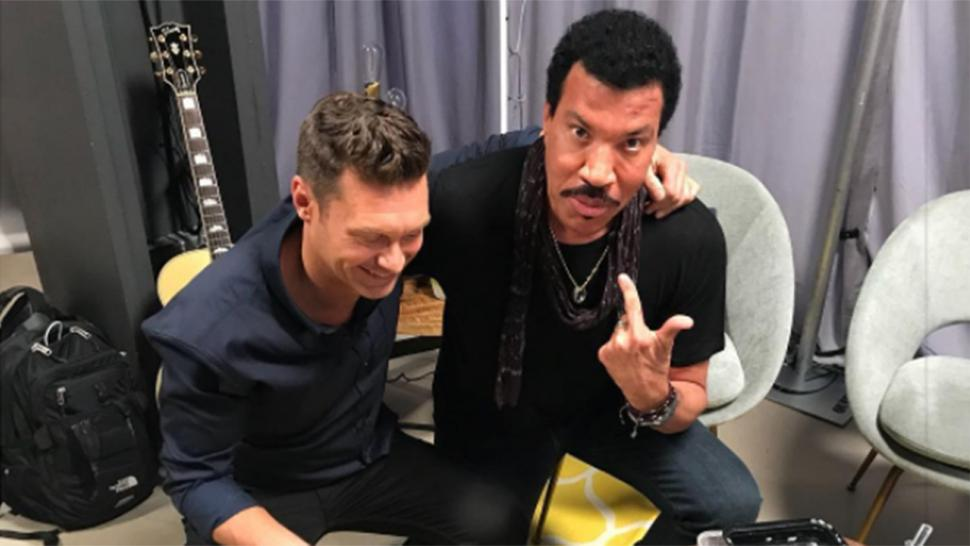 Ryan Seacrest and Lionel Richie on 'Idol' set