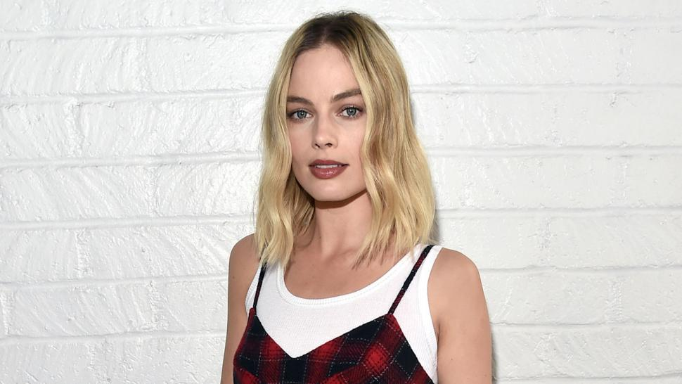 Margot Robbie at 'Indie Contenders Roundtable' at AFI FEST 2017