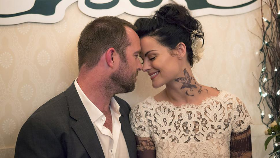 Blindspot Sneak K Kurt S Jane On Reliving Their Wedding Day But Roman Won T Go Away Exclusive