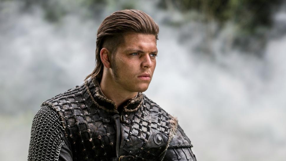 Vikings' Star Alex Hogh Andersen Breaks Down That Insane