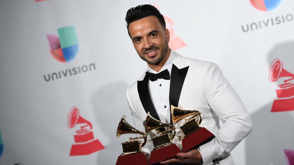 2017 Latin GRAMMY Awards: Complete List of Winners