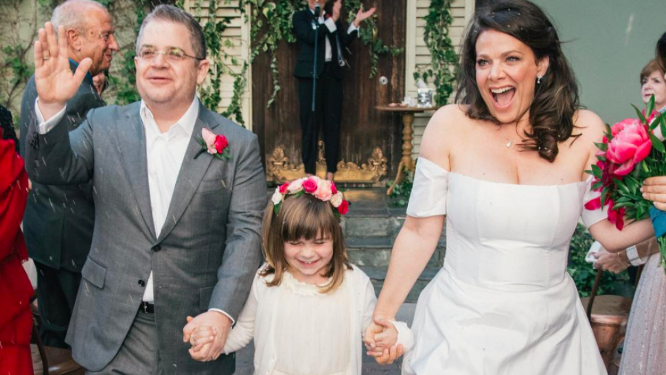 Patton Oswalt marries Meredith Salenger