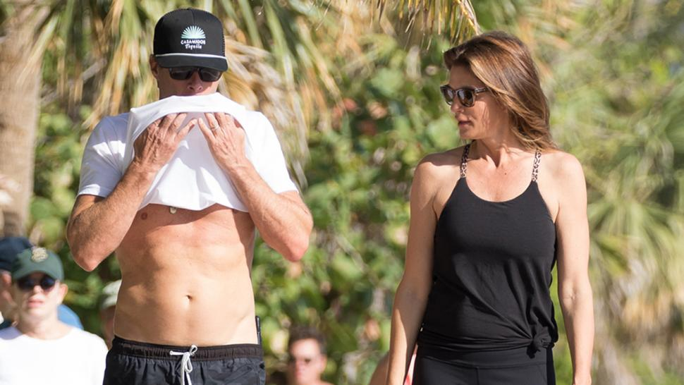 Cindy Crawford checks out Rande Gerber