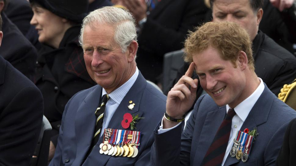 Prince_harry_prince_charles_yimages-471082792.jpg