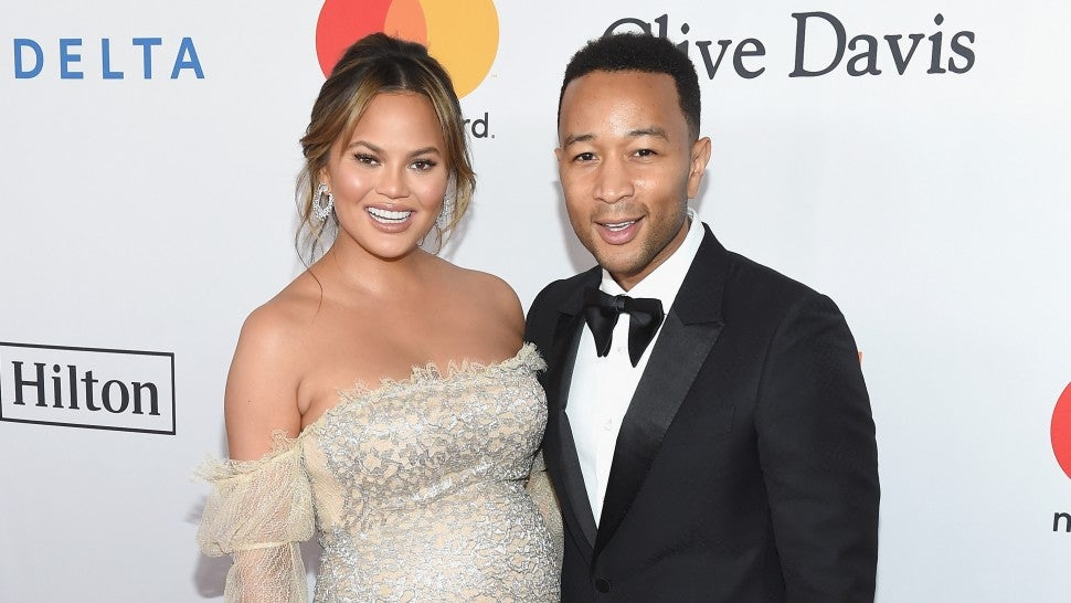 c6d271c2ce9 Chrissy Teigen Flashes Growing Baby Bump With John Legend at Glam ...