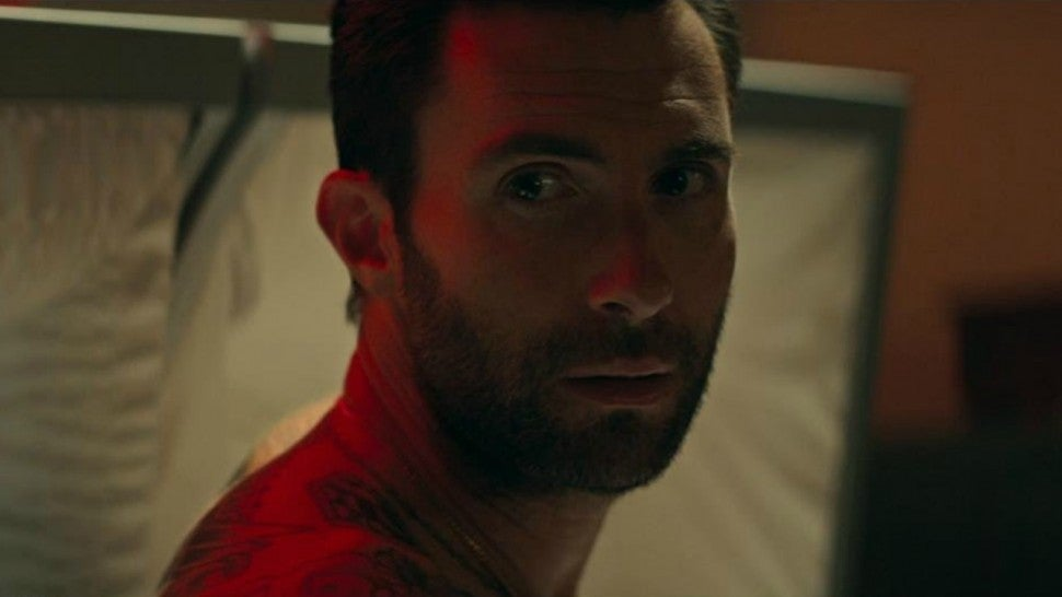 Adam Levine Maroon 5 Wait music video