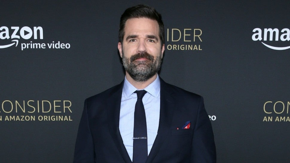 rob_delaney_gettyimages-670976098.jpg
