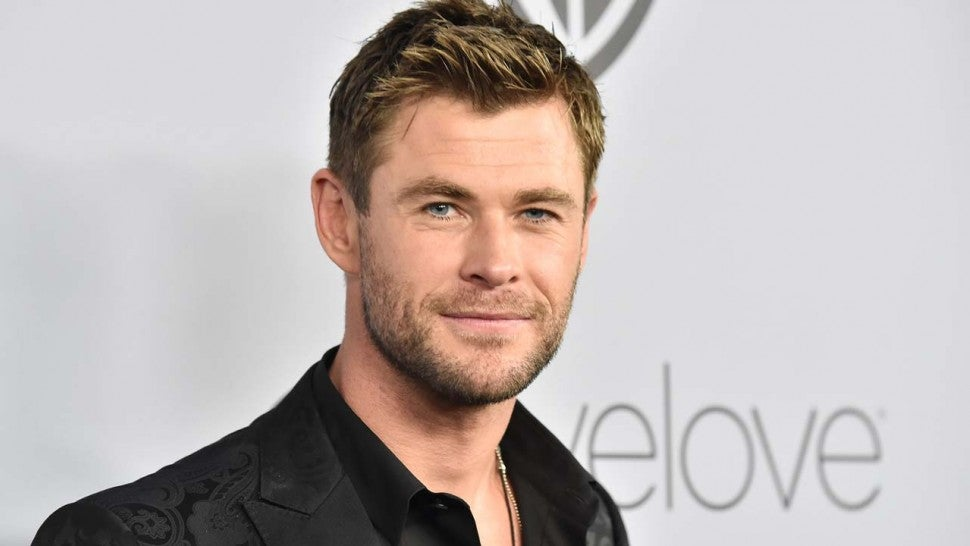Chris Hemsworth Jokes He ll Replace Ryan Reynolds in  Deadpool ... 9576bda4f950d