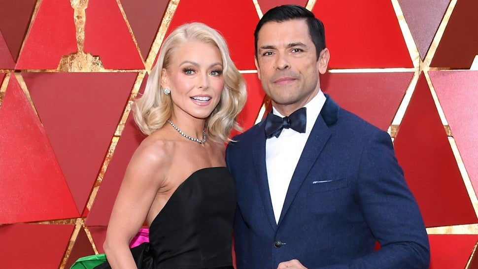 Kelly Ripa and Mark Consuelos at 2018 Oscars