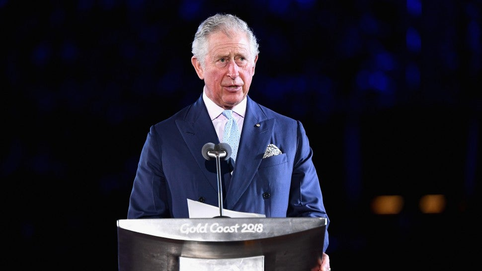 Hit 105 asks Prince Charles about toilet seat