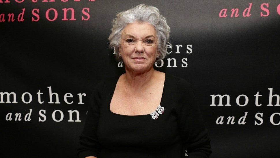 'Murphy Brown' revival casts Tyne Daly as Pat Corley's sister