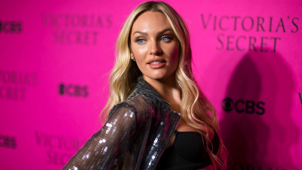 Candice Swanepoel attends the 2017 Victoria's Secret Fashion Show viewing party pink carpet at Spring Studios on November 28, 2017 in New York City.