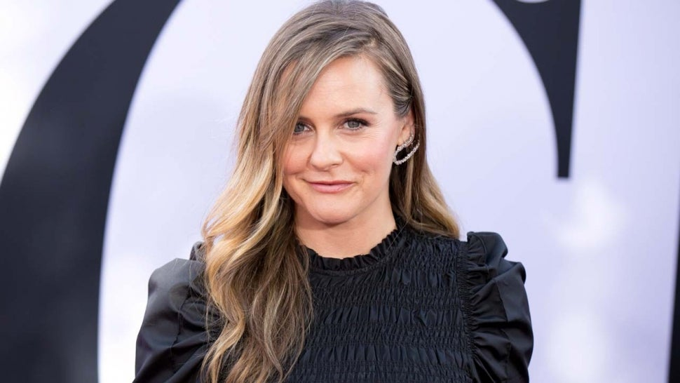 Alicia Silverstone Wants TikTok Fans to Know How to Pronounce Her Name Correctly.jpg