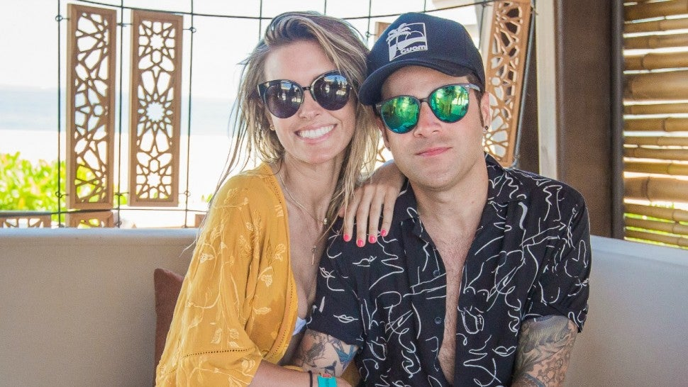 audrina_and_ryan_omnia_dayclub_villa_photo_cred_cabo_pictures.jpg