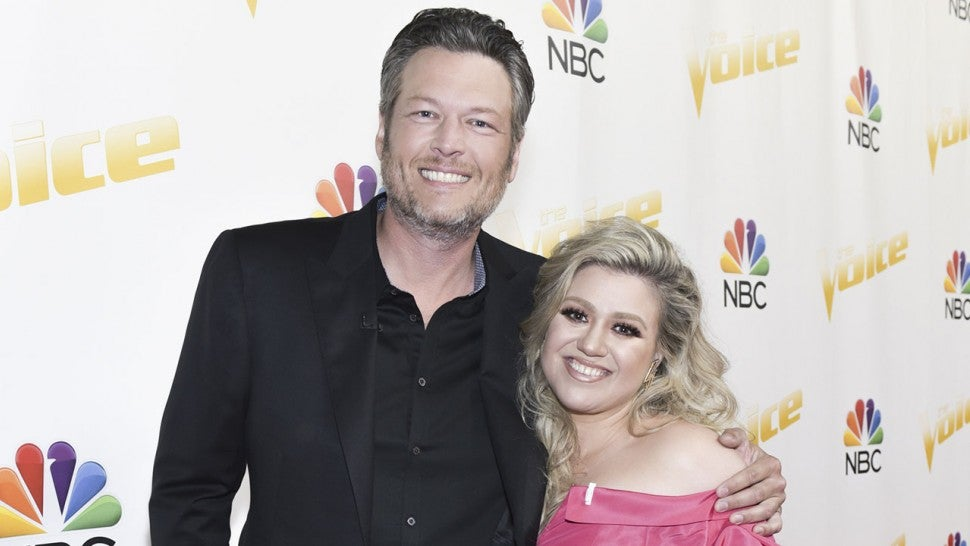 Blake Shelton and Kelly Clarkson at Voice taping