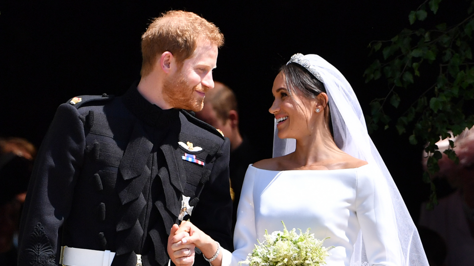 Prince Harry Wedding.Meghan Markle Reveals Her Something Blue From Royal Wedding With