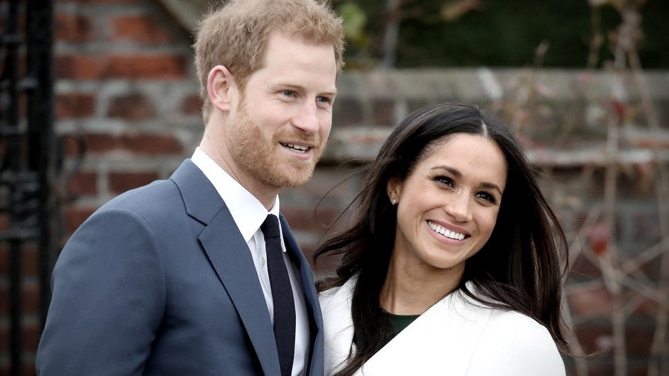 here s your first look at meghan markle and prince harry s wedding cake entertainment tonight here s your first look at meghan markle