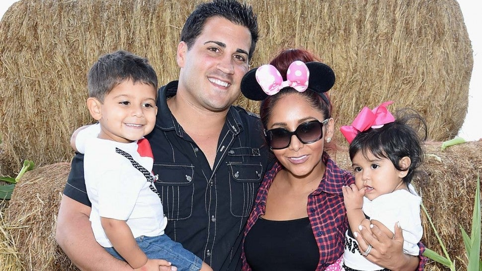 Is Snooki pregnant again? Yes! See her cute announcement!