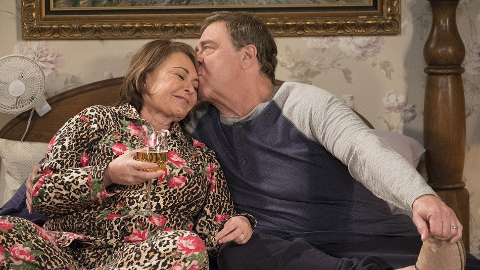 ABC cancels 'Roseanne' reboot following Roseanne Barr's racist Twitter outburst