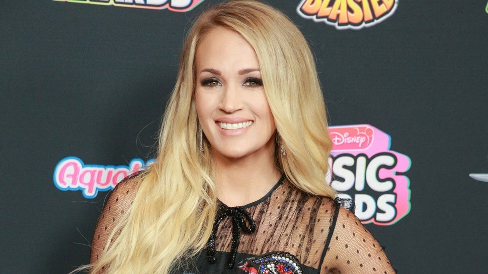 CARRIE UNDERWOOD RADIO DISNEY MUSIC AWARDS 2018