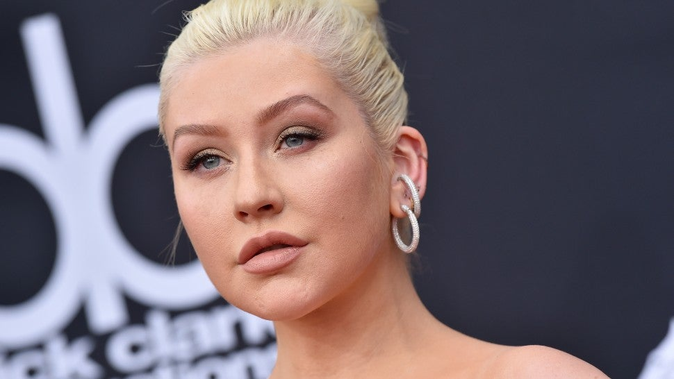 Christina Aguilera Tears Up While Thanking Friends For