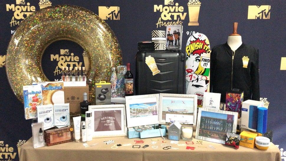 mtv movie  u0026 tv awards gift bag giveaway