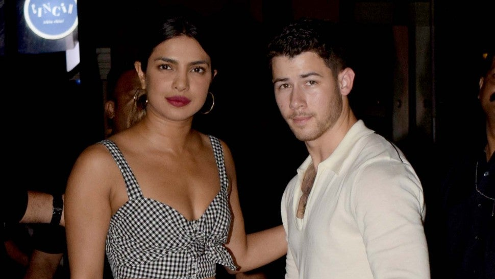 Priyanka Chopra is Nick Jonas' no 1 fan during stage performance