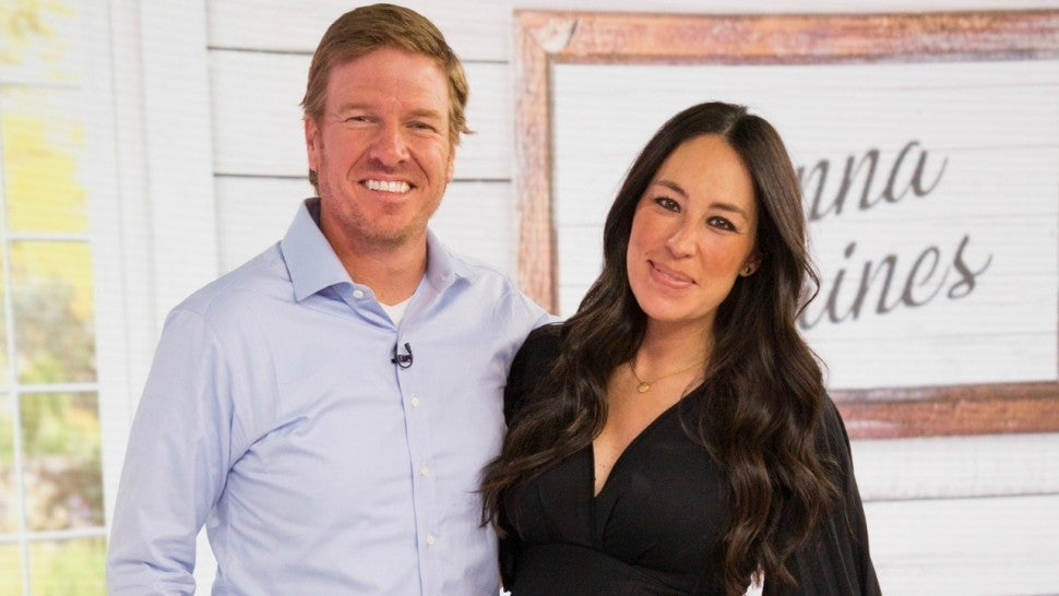 chip gaines says his 39 heart is full 39 with precious new photo of son crew entertainment tonight. Black Bedroom Furniture Sets. Home Design Ideas